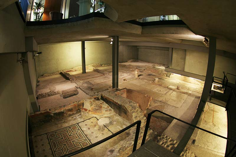 archaeological excavation under a bank in Verona
